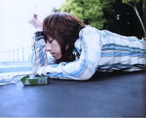 Kiyoharu meditating...