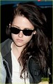 Kristen Stewart: Early Morning Flight - twilight-guys photo