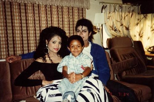 Latoya Jackson, Emmanuel and Michael Jackson