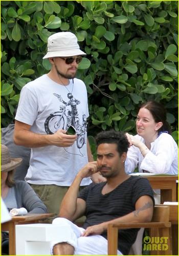Leonardo DiCaprio: Miami With Mom Irmelin