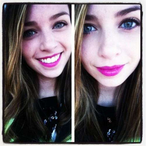 Lisa's new yêu thích lip color :)