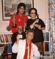 MJ and Oona O'Neill  - michael-jackson photo