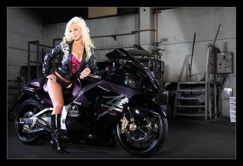 MOTORCYCLE & BABE