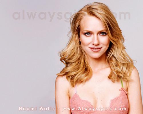 Pelakon wanita kertas dinding with attractiveness and a portrait called Naomi Watts