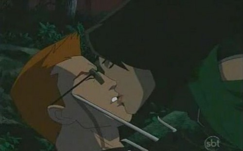 Red Arrow and Cheshire kiss - young-justice Screencap