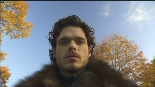 Richard Madden 38