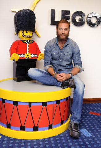 Tom Hardy wallpaper containing a bearskin called Tom Hardy & Charlotte Riley at Legoland Hotel Windsor