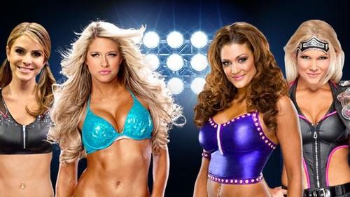 Wrestlemania 28:Kelly Kelly and Maria Menounos vs Beth Phoenix and Eve