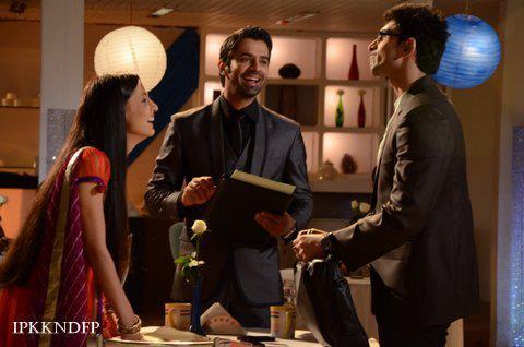 khushi, Arnav and Akash