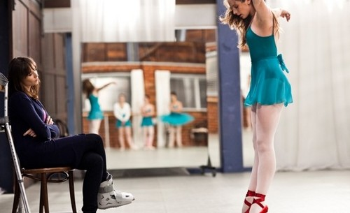 tara performs the red shoes