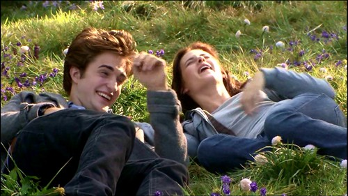 Robert Pattinson & Kristen Stewart wallpaper with a grainfield called twilight behind the scenes