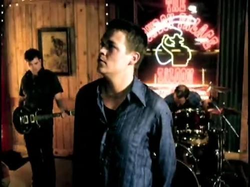 3 Doors Down kertas dinding probably with a konsert titled 'Kryptonite'
