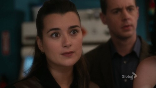 09x08 Engaged Pt1 - ncis Screencap