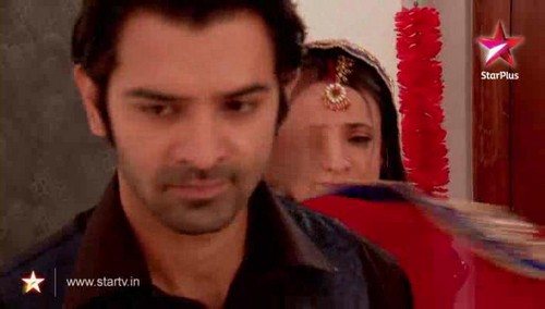 Arnav and Khushi - iss-pyar-ko-kya-naam-doon Screencap
