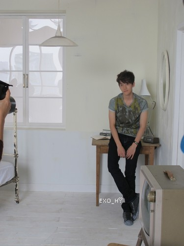Baek hyun @ High Cut BTS