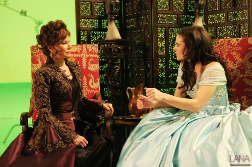 "Behind the Scenes of ""The Stable Boy"" Episode - lana-parrilla Photo"