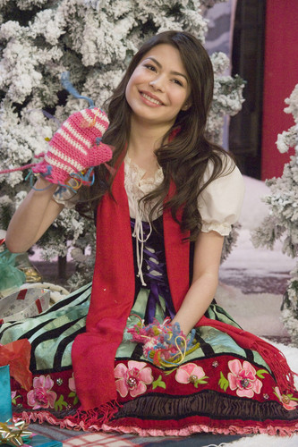 Miranda Cosgrove images Big Time Christmas HD wallpaper and background photos