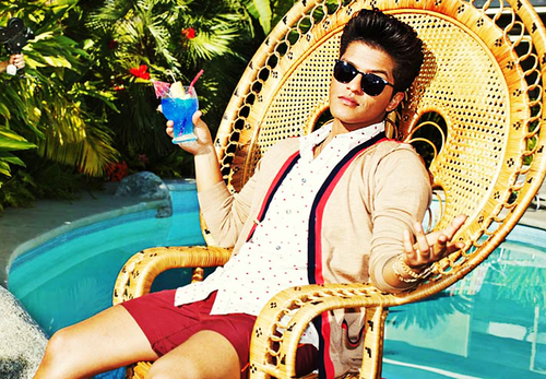 브루노 마스 바탕화면 with sunglasses entitled Bruno Mars