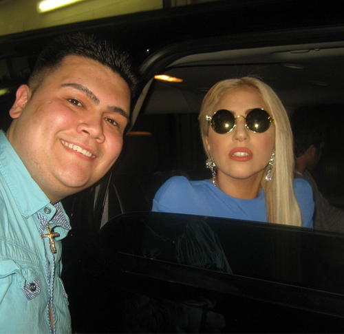 Gaga in Chicago (March 20)
