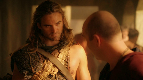 Gannicus - dustin-clare Photo
