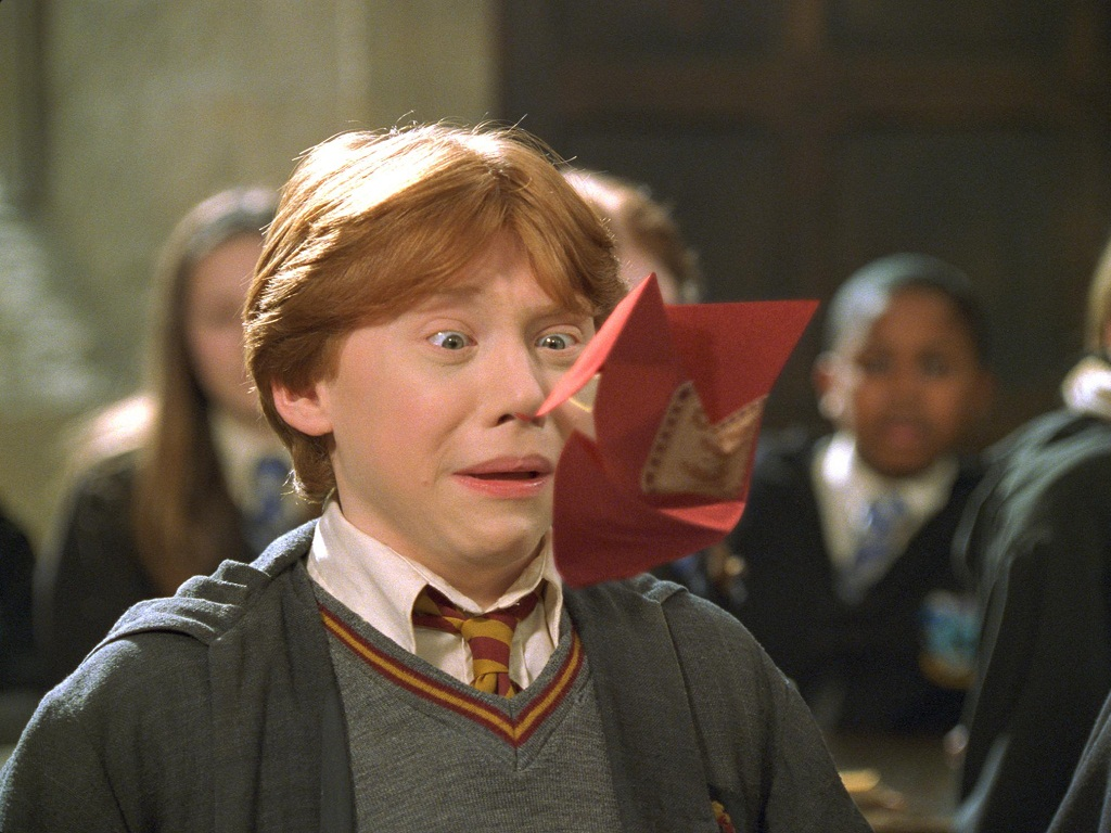 harry potter chicken related keywords suggestions harry potter pics photos ron weasley eating chicken harry potter