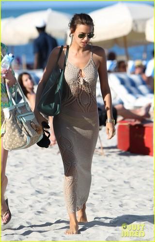 Irina Shayk & Anne V: Bikini Babes in Miami