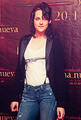 Kristen Stewart - New Moon Premiere in Mexico - new-moon-movie photo