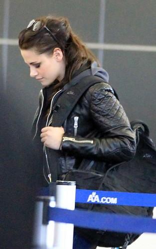 Kristen Stewart arriving at JFK Airport in New York - March 19, 2012.