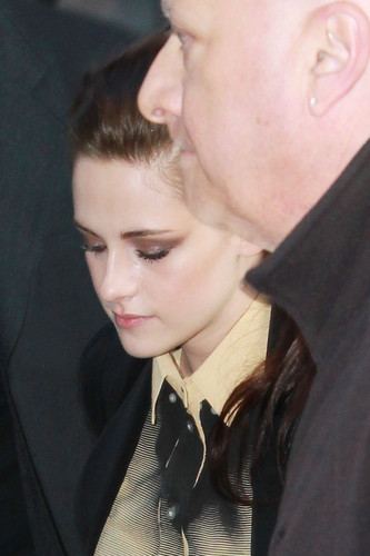 Kristen Stewart arriving at 'The Today Show' in New York - March 19, 2012.