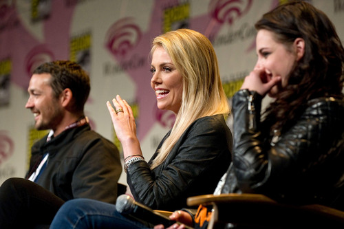 Kristen Stewart at WonderCon in Los Angeles, California - March 17, 2012.