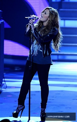 MARCH 15TH - American Idol