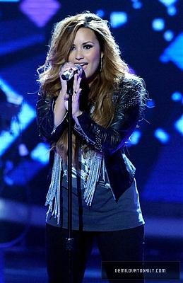 MARCH 15TH - American Idol