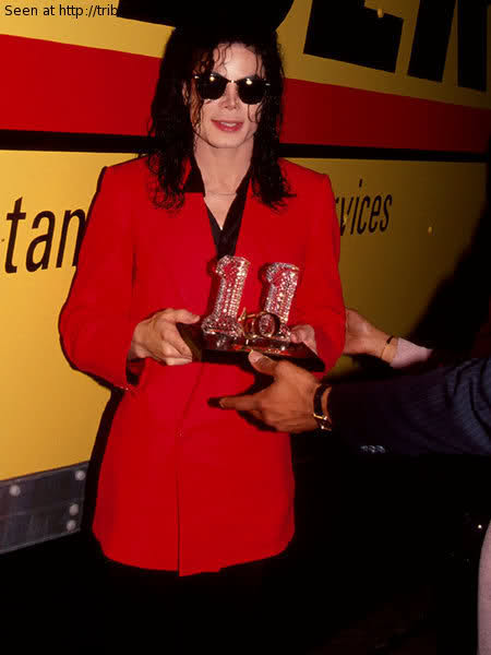 MJ and his awards ♥