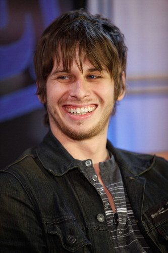 Mark Foster wallpaper probably with a business suit entitled Mark Foster