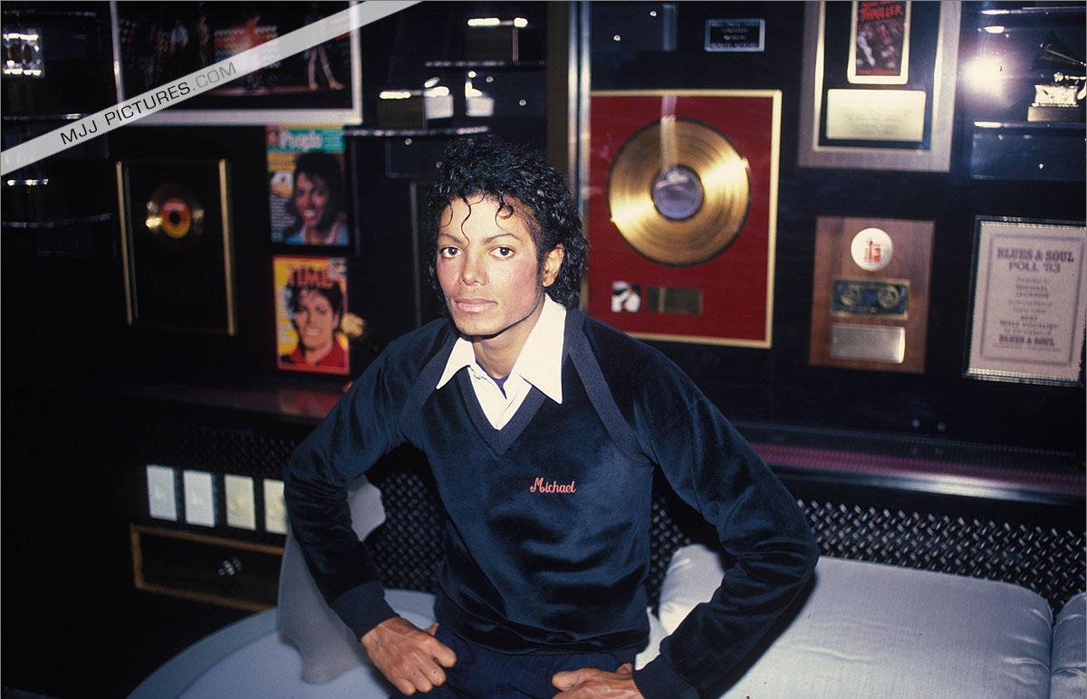 Michael Jackson (HQ = High Quality)