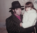 Michael Jackson with a fan - michael-jackson photo