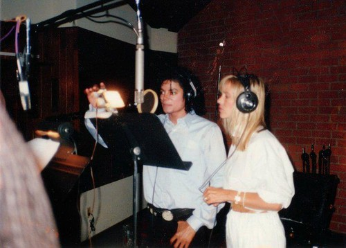 Michael in July 1987 during the recording of Je Ne Veux Pas La Fin De Nous, the French version of th
