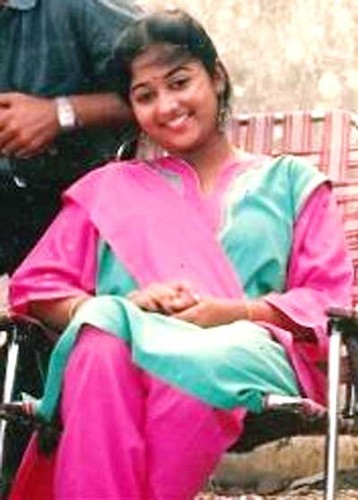 Monisha unni(1971–1992)