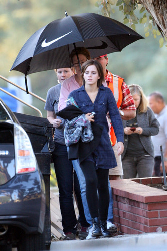 "On the set of ""The Bling Ring"" - 日 3"