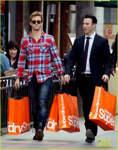 Ryan Kwanten: Superdry Shopper