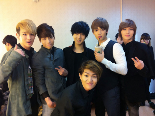 SHINee and Yesung from SuJu!