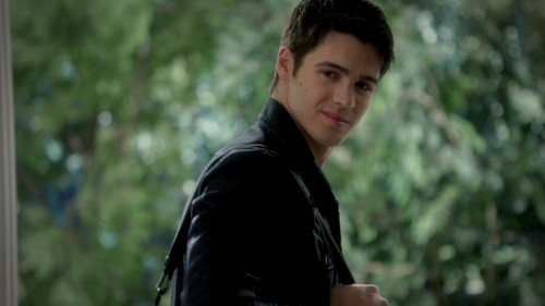 Jeremy Gilbert wallpaper entitled The Vampire Diaries 3x11 Our Town HD Screencaps