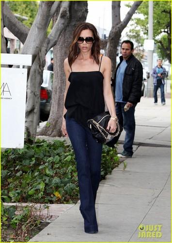 Victoria Beckham: Romeo Got Pax Jolie-Pitt's ギター