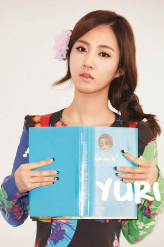Yuri @ 2012 Girls' Generation iOS Diary Application