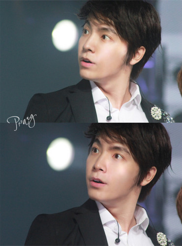 Lee Donghae wallpaper containing a business suit called haha funny!!