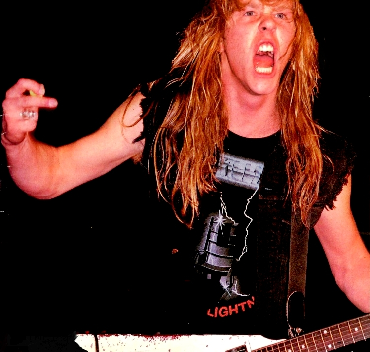 http://images5.fanpop.com/image/photos/29900000/james-hetfield-james-hetfield-29931933-750-713.jpg