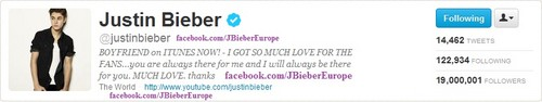 ‎27 March on 21:16 #19Million Beliebers ♥