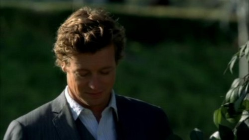 The Mentalist fond d'écran possibly with a business suit entitled 1x23- Red John's Footsteps