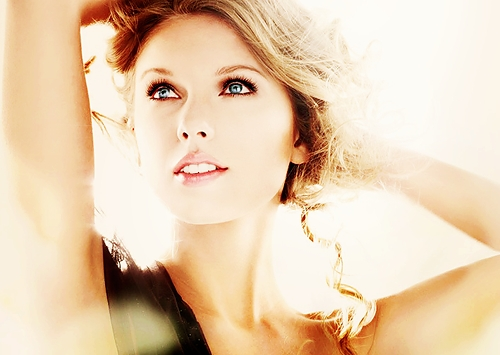 Celebrity Contests wallpaper with a portrait titled Amazing Taylor Swift