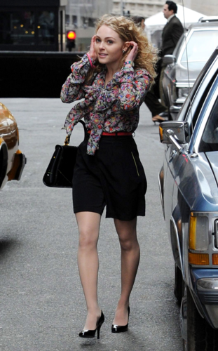 """AnnaSophia - On the """"Carrie Diaries"""" Set - March 24th, 2012"""